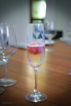 Coctel Anona - Champaña y Helado de guanábana y merlot