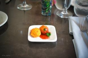 Amuse Bouche: Croquetas de salmón