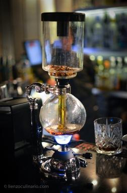 Infusión de bourbon y tisana de frutos